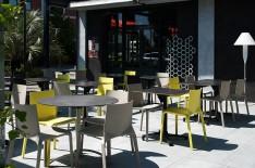 Terrasse du restaurant La Tribune